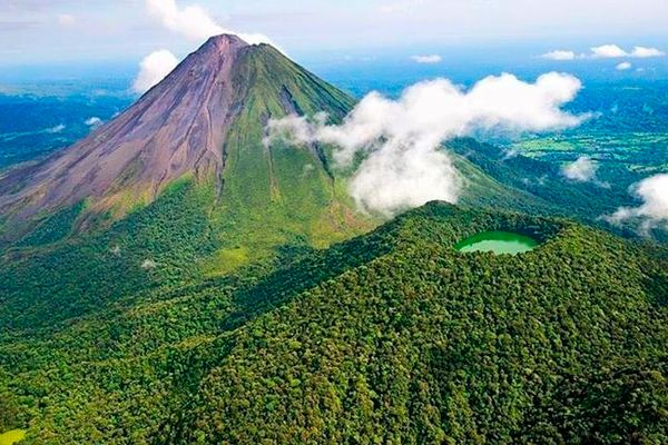 Costa Rica Volcano Jungle Beach Tours