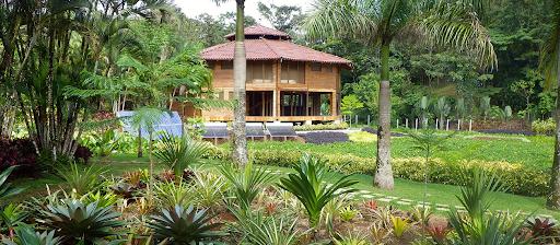 macaw-lodge1